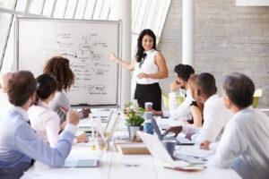 chi phí đào tạo nhân viên là gì