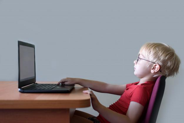 Ý kiến không đồng thuận với dạy trực tuyến cho trẻ mầm non
