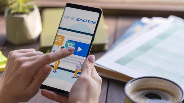 Giải quyết vấn đề dạy học online cho trẻ mẫu giáo